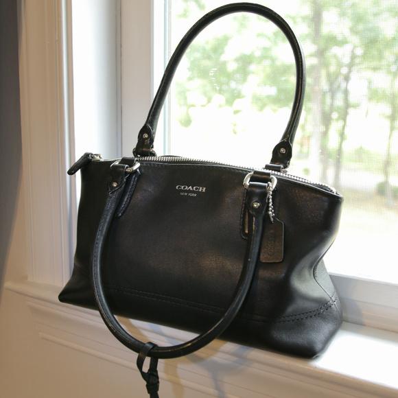 Coach Handbags - Coach black leather handbag